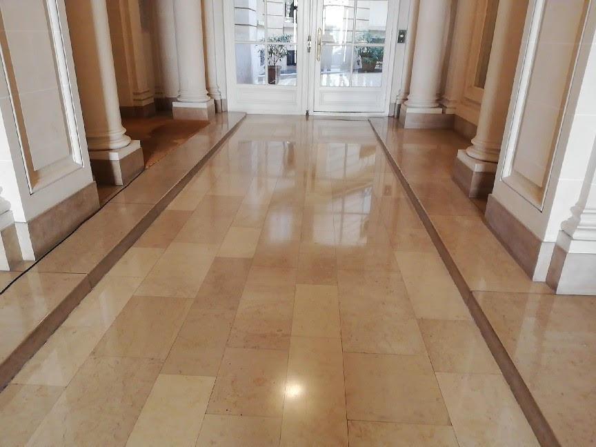 Services de nettoyage du marbre